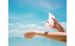 Sun off: 6 порад з використання крему з SPF